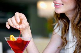 24 évre emelnék az alkoholfogyasztás korhatárát - Gátolja az agy fejlődését