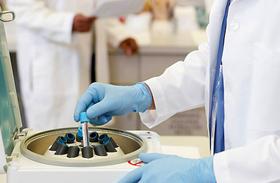 Folyás, ciszták, herpesz - 6 veszélyes nemi betegség tünetei és kezelése