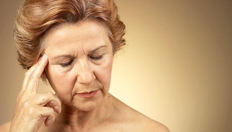 nyilalló fejfájás egy ponton látomás 80 mit jelent