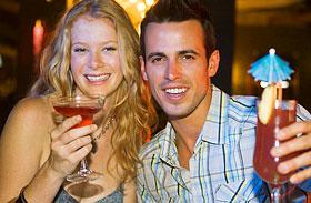 Kutatók bizonyították: ezért veszélyes keverni az alkoholt energiaitallal