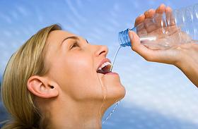 9 biztos másnaposság-kezelő módszer - Ha szétreped a fejed