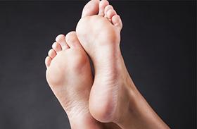 Milyen testrészeken jelenik meg a melanoma?