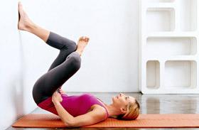 Fenék edzés otthon nőknek