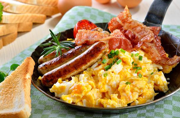 Fogyni akarsz? A napi kalóriaadagod felét reggelire..