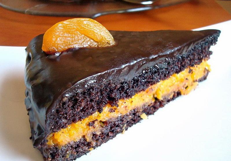 Diétás Sacher-torta