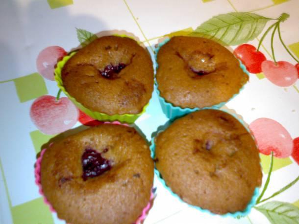 Szívecskés, szilvás muffin