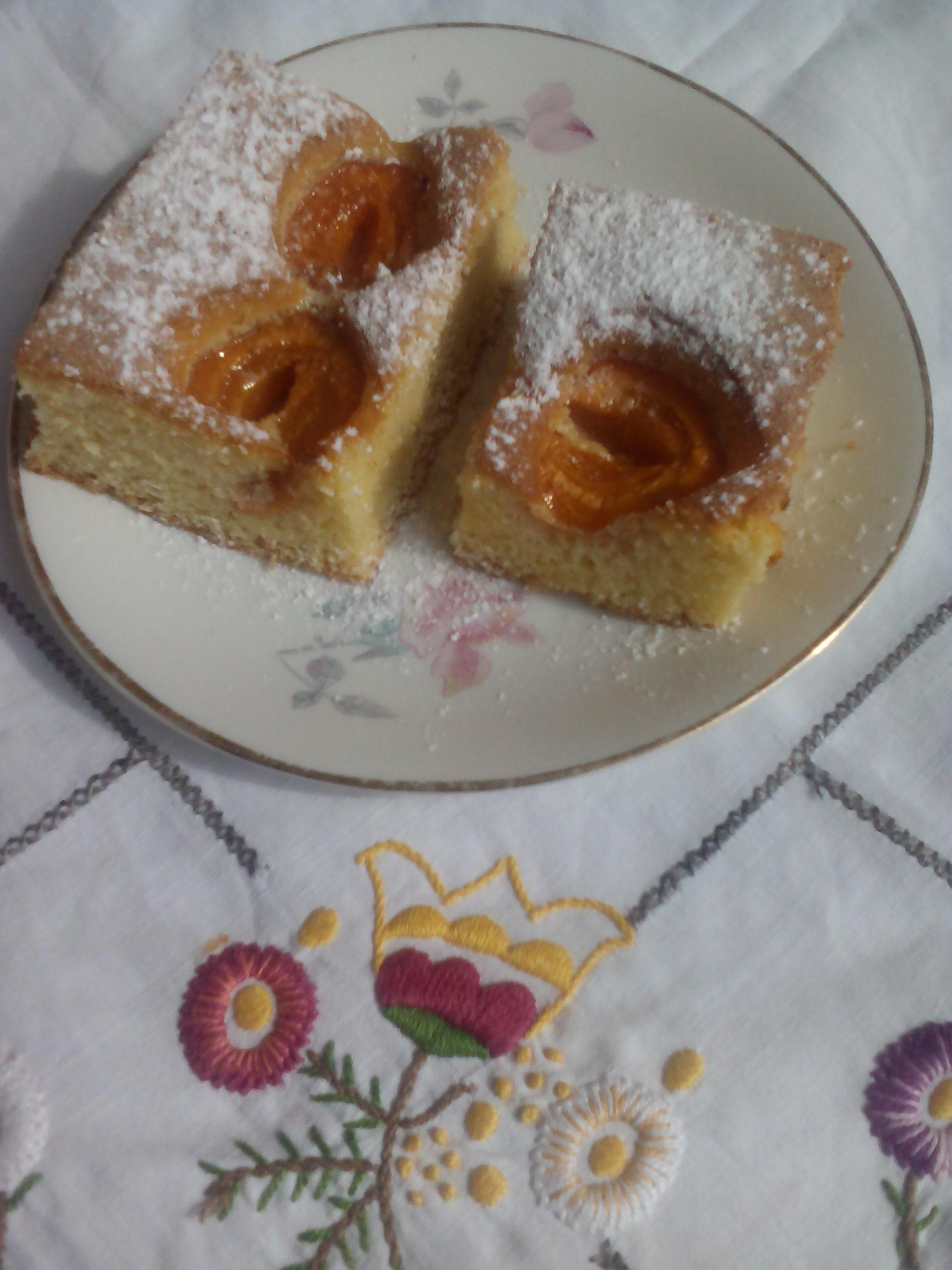 Kajszibarackos sütemény