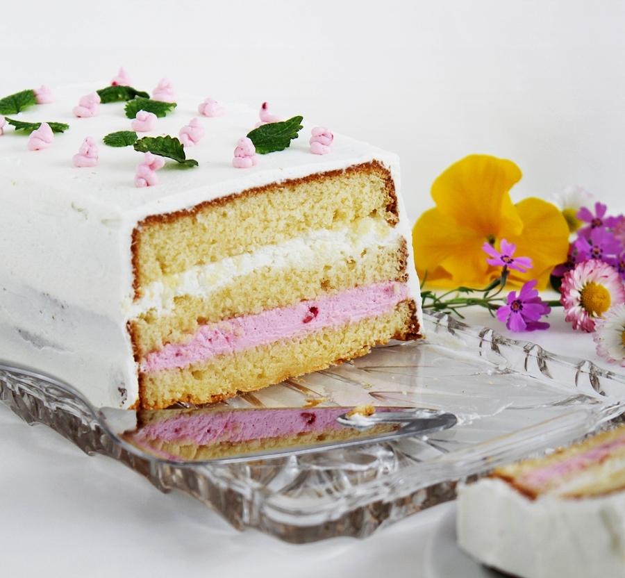 Málnás-vaníliakrémes torta