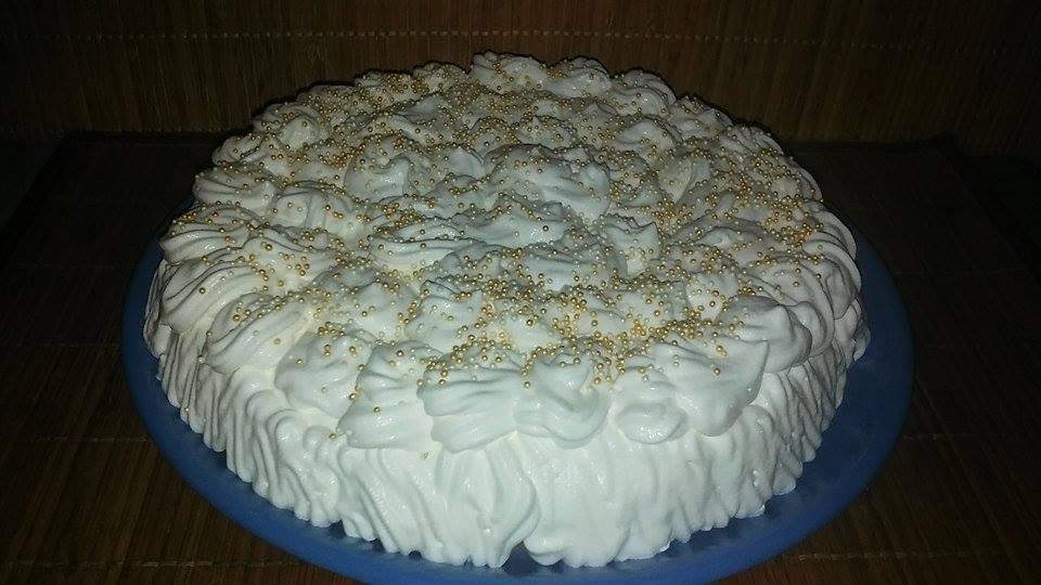 Ünnepi habos torta