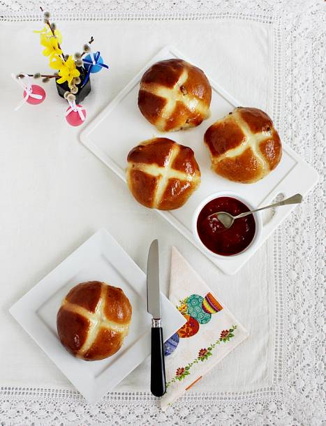 Angol húsvéti zsemle