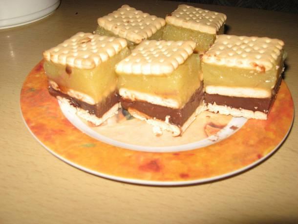 Pudingos-kekszes süti