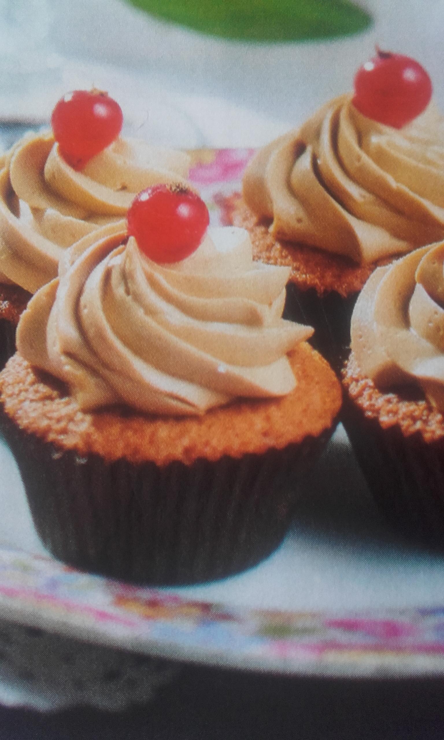 Mandulás- kávés mini cupcake