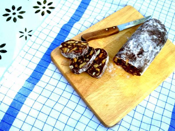 Csokoládé szalámi