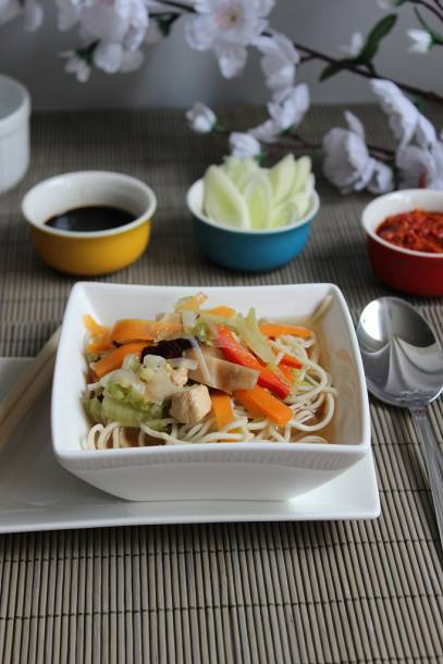 Kínai csirkés leves