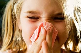 3 étel, ami gyengíti a gyerek immunrendszerét - Ezért náthás állandóan