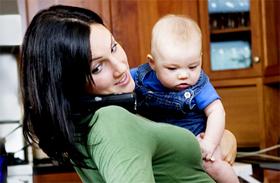 Anyaság és karrier