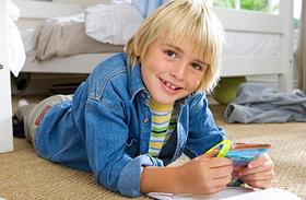 Lekeverek egy pofont a gyereknek, hogy boldog legyen - Plusz 3 tipp