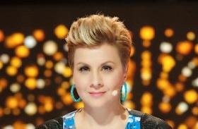 Ábel Anita új frizura