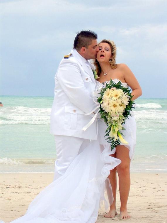 Gáspár Bea 11 évvel ezelőtt mezítláb, egy rövid, uszályos ruhában mondta ki újra az igent Győzikének.