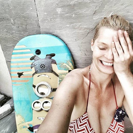 Lilu tegnap osztott meg egy vakációzós fotót - az RTL Klub műsorvezetőjét sem látjuk sűrűn ilyen sokat mutató bikiniben.