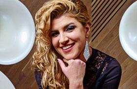 Ambrus Rita énekesnő
