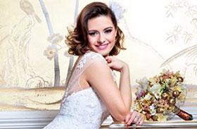 Lola Esküvő magazin