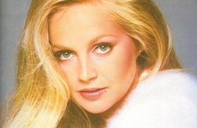 Dallas női magyar hangok