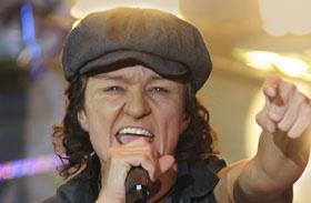 Szandi Sztárban sztár AC/DC