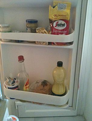 Ne kérdezzétek, miért tartjuk a kávét a hűtőben