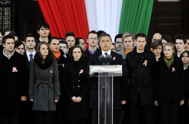 Orbán Viktor beszél, fotó: MTI/Beliczay László