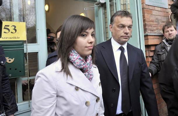 Ráhel és apja a 2010-es választások idején