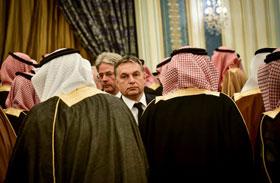 Orbán Szaúd-Arábiában