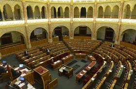 Parlament üresen