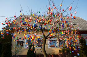 Húsvéti fa Nagyatádon