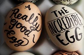 Húsvéti dekoráció: tojásdíszítés filctollal