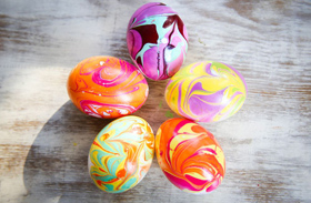 Húsvéti dekoráció: természetes tojásfestési technikák