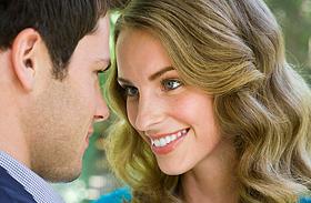 A szerelmes férfi testbeszéde - Ismerd fel, ha odavan érted