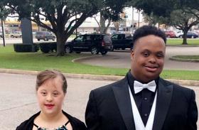 Down-szindrómás gyerekek bálja
