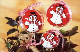 Karácsonyi dekoráció: üvegfestés