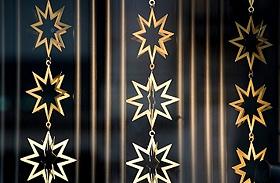 Karácsonyi dekorációk: csillagdíszek