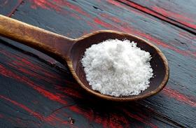 Praktikák háztartási sóval