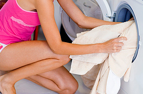 Így lesznek ragyogóan fehérek a szürke ruhák - Filléres csodaszerekkel
