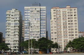 Santos ferde panelházai