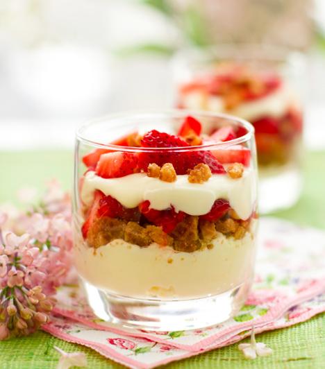 A legfinomabb gyümölcsös sütemények receptjei képpel