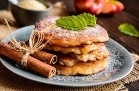 Almás-fahéjas amerikai palacsinta