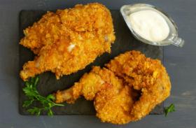 Csirkecombok egészséges panírban