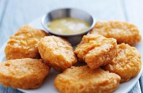 Csirkemell sajtos-tejfölös bundában