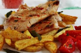 Fűszeres, szaftos csirkemell