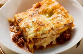 Isteni lasagne paradicsommal és hússal