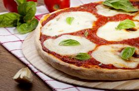 Klasszikus házi pizza
